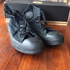 Converse All Stars all black sz 5.5 men 7.5 women
